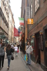 di depan coffee shop Italia