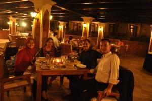 Ketemu temen kuliah Sajeev di Ramada Hotel, Goa