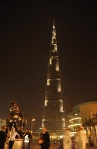 Gedung Tertinggi di Dunia Burj Kalifah