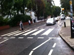 Jalan legendaris tempat The Beatles nyeberang setelah rekaman di Abbey Road Studios
